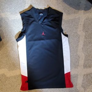 Small men's Jordan sleeveless Jersey